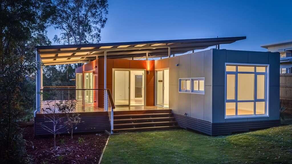 maison container une maison design en kit modulable et habitable home. Black Bedroom Furniture Sets. Home Design Ideas