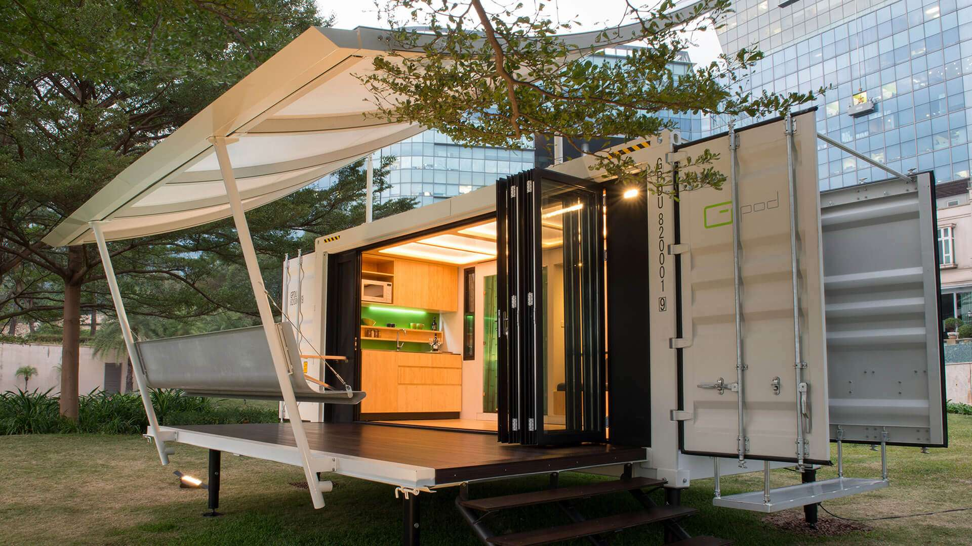 Maison container une maison design en kit modulable et habitable home cont - Amenager un container en maison ...